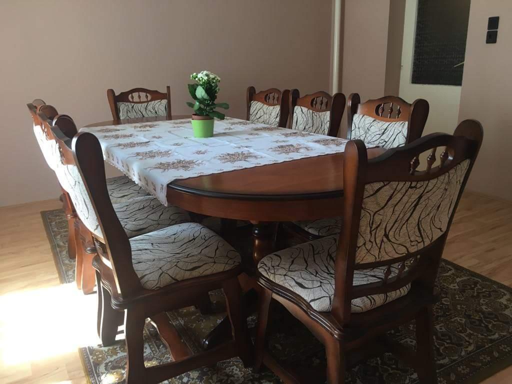fa étkezőasztal székekkel balassagyarmat