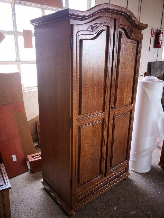 2-es tölgyfa szekrény 2 ajtós szekrény