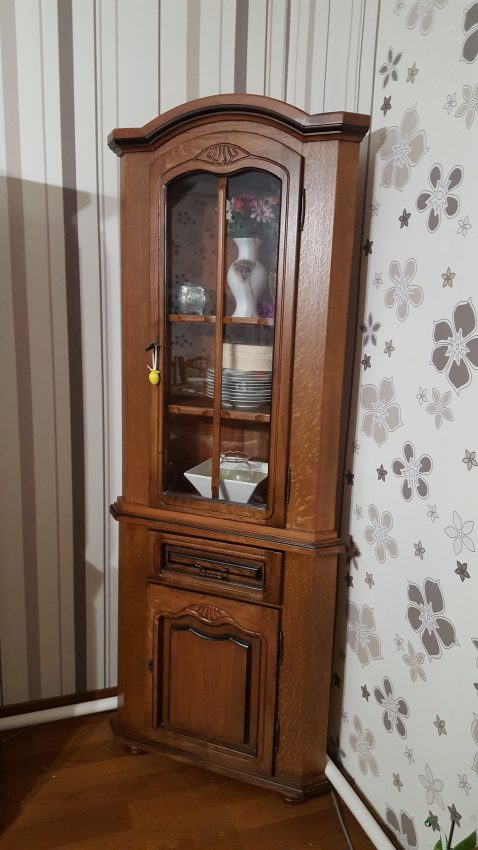 sarok tálaló szekrény sarok szekrény vitrin kredenc komód